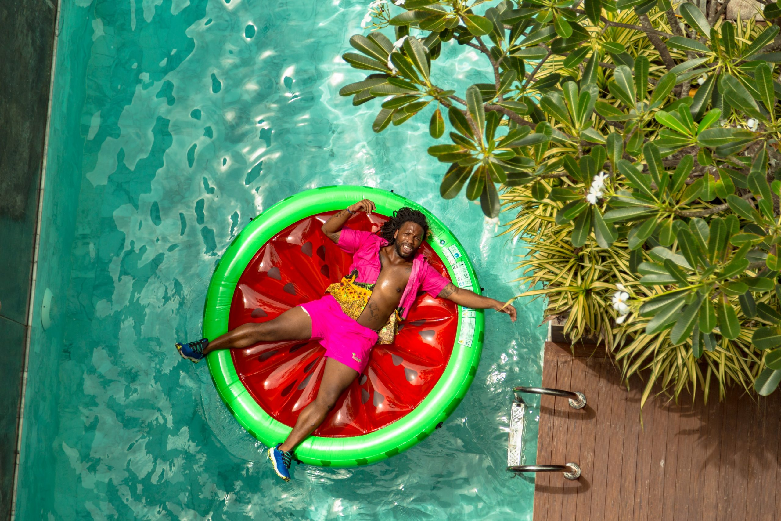 Best Pool Floats for Tanning